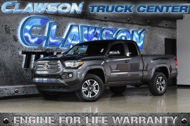 Pre-Owned 2016 Toyota Tacoma 2WD Access Cab V6 AT SR5 (Natl)